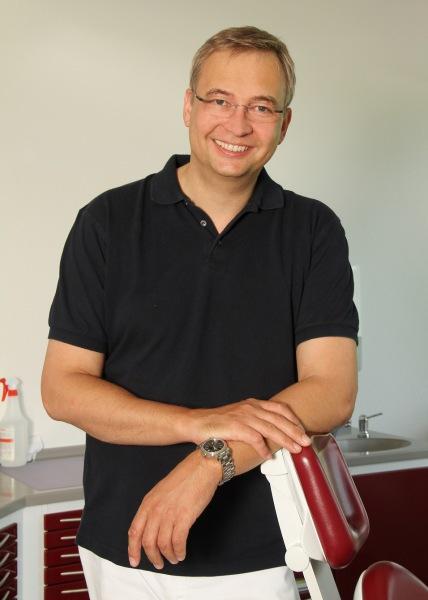 Zahnarzt Dr. Schnutenhausen Hilzingen